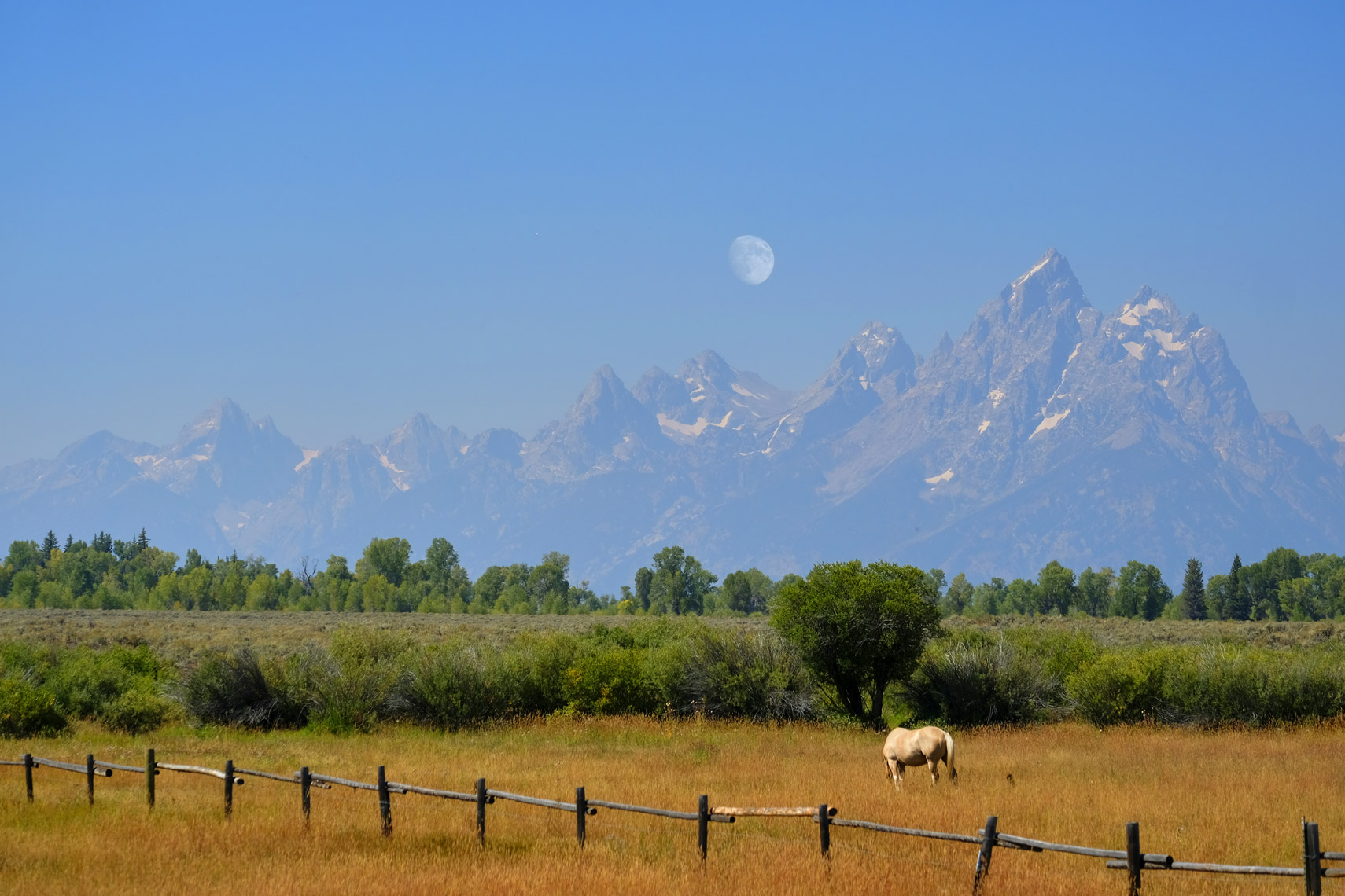 Moonrise in Grand Tetons, Wyoming